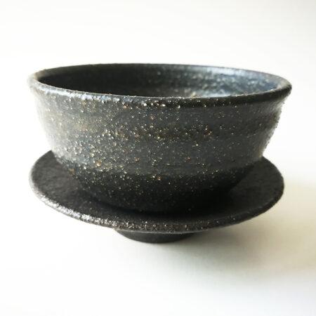 black sand tea cup by Andrzej Bero
